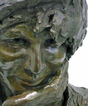 Gissinger Mariele – Sculpture – Bronzes – Modelage – Terre – Ton - Céramique – Porcelaine – Porcelain – Artiste - Art-gm – Alsace – France – Art-funéraire – Buste d'après photos