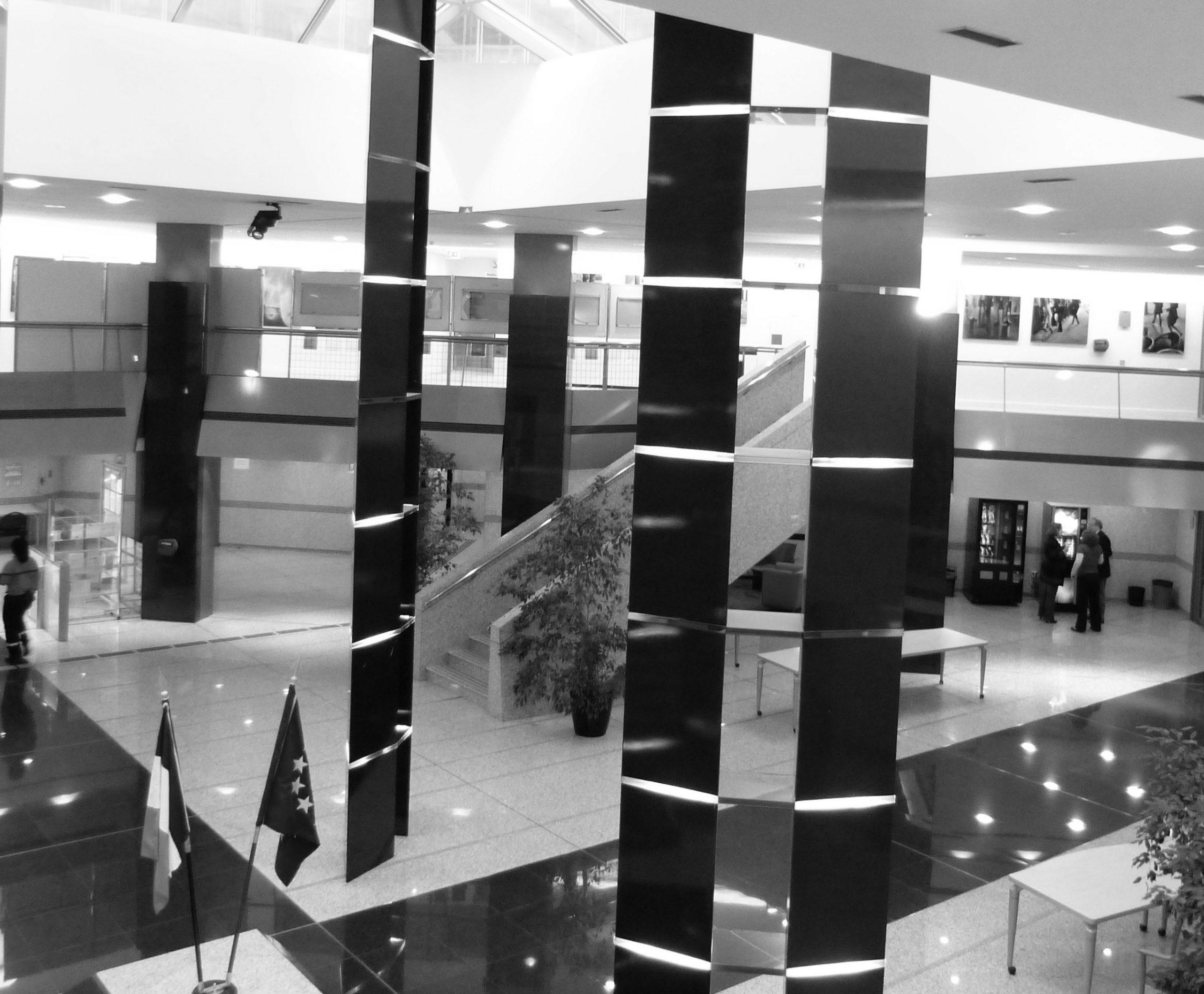 Gissinger-Mariele-Peinture-huile-Peinte-Artiste-Art-gm-Alsace-France– Le-Monde – salon automne – Paris – préfecture paris-ile de France-JP de Bernis- Président Mérite et dévouement